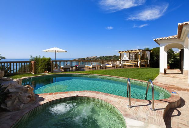 de lux seafront Algarve