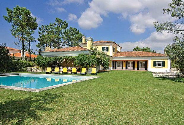 Villa In Azeit U00e3o  Lisbon Area